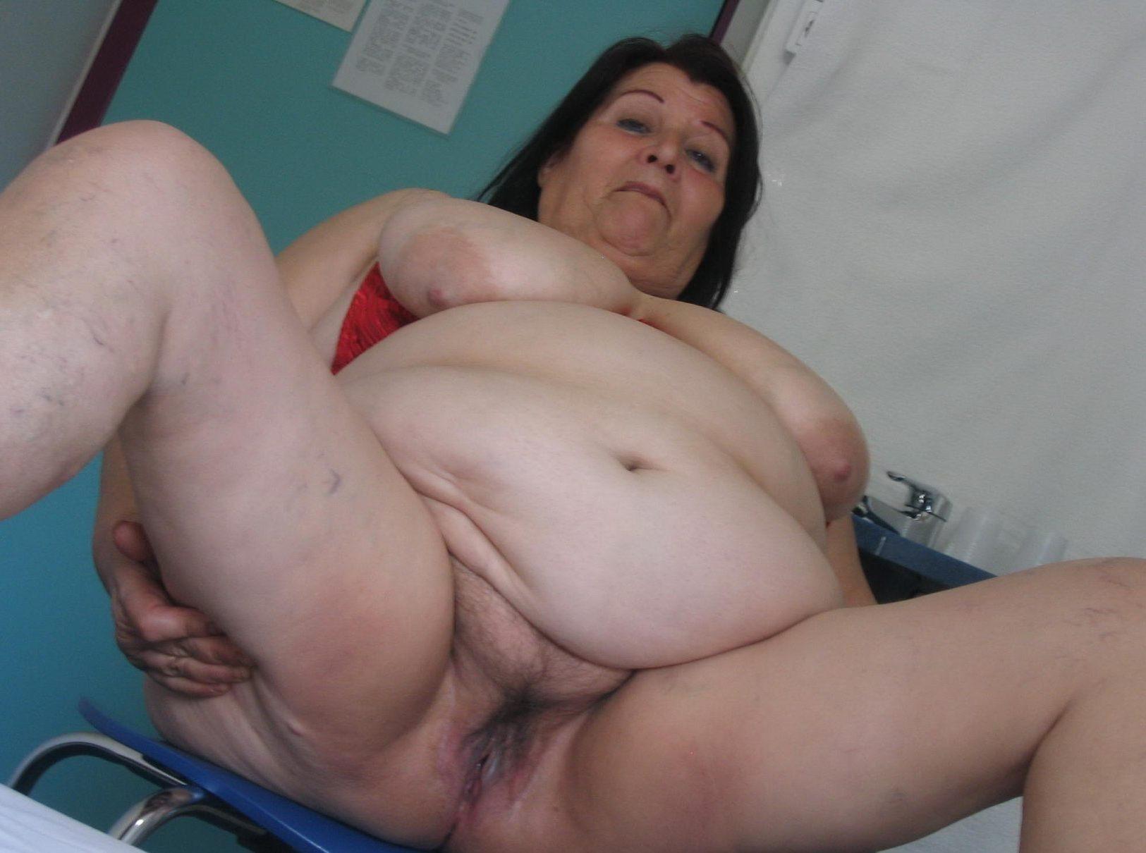 Голые толстые старухи раком фото
